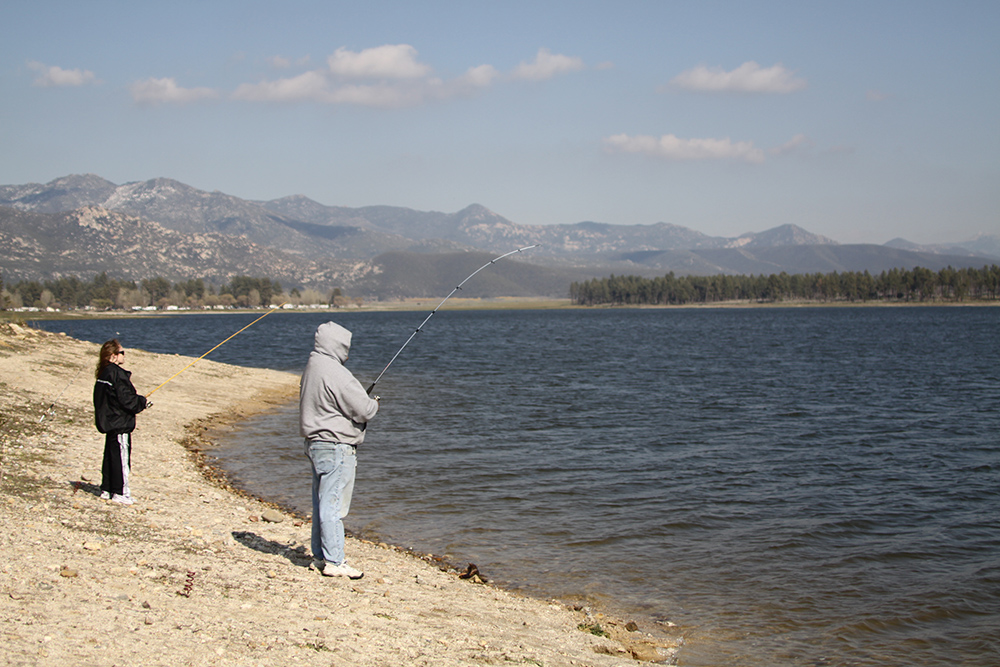 lake hemet fishing